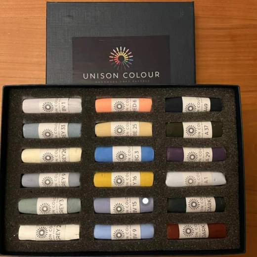 Bespoke Unison Colour Sets
